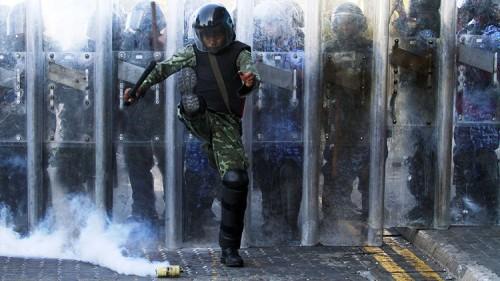 El Ejército de Maldivas bloquea el Parlamento del país e impide el ingreso de los legisladores