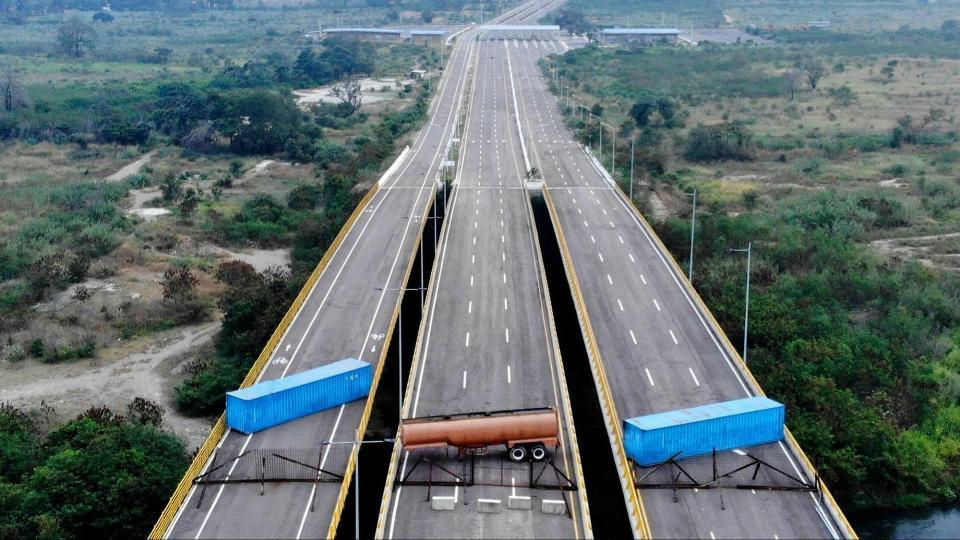 El puente Las Tienditas está cerrado porque Colombia nunca construyó las instalaciones aduaneras.